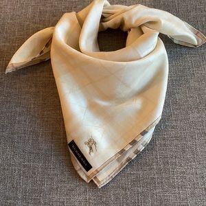🍀NEW🍀 Authentic Burberry handkerchief scarf